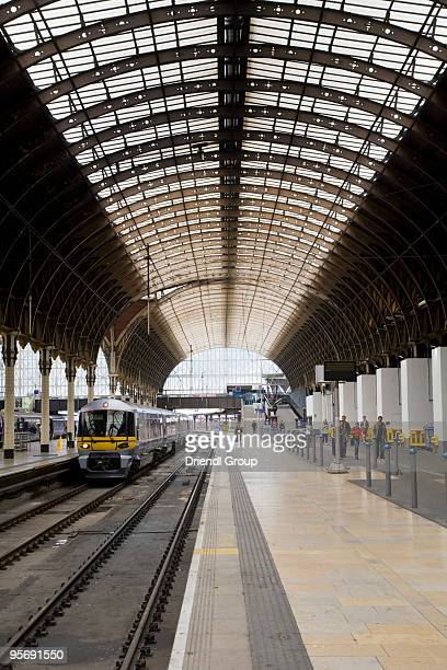 a passenger platform in waterloo station. - waterloo railway station london stock pictures, royalty-free photos & images