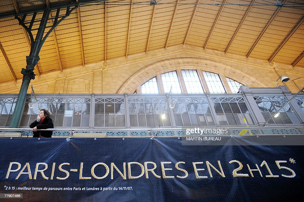 A passenger waits before boarding Eurost : News Photo