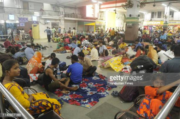 Passengers are stranded as trains are cancelled due to the onset of cyclone Fani at Howrah Railway Station on May 3 2019 in Kolkata India Cyclone...