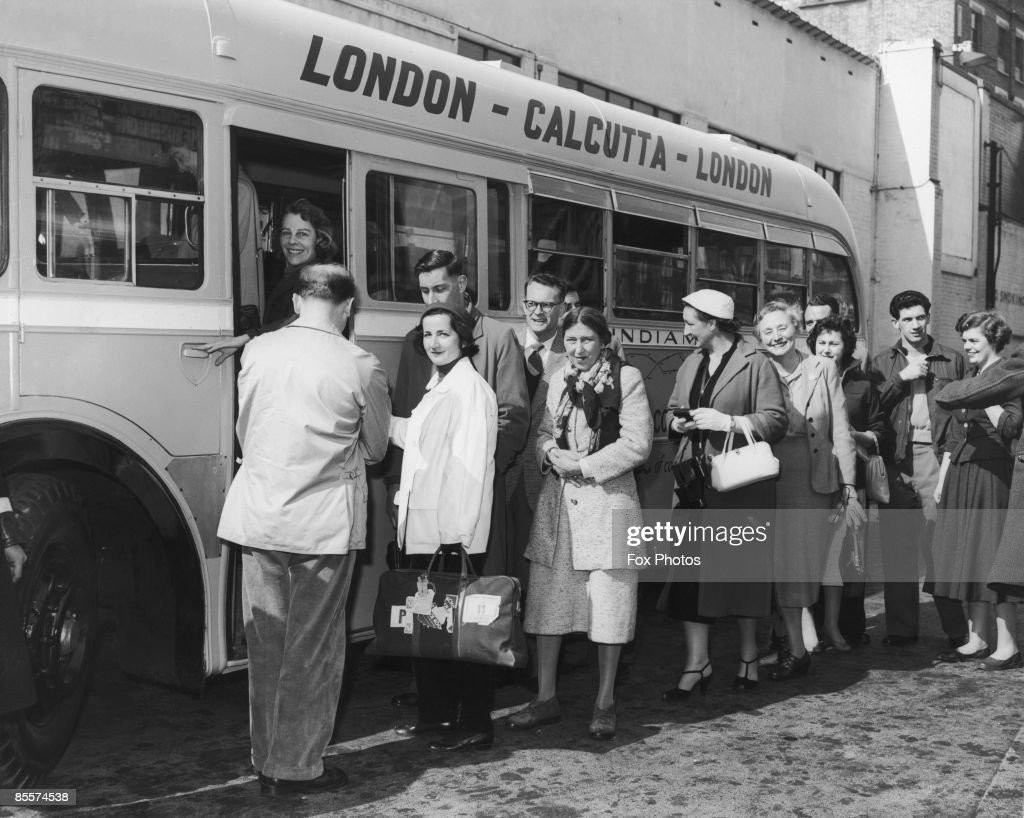 Bus To Calcutta : News Photo