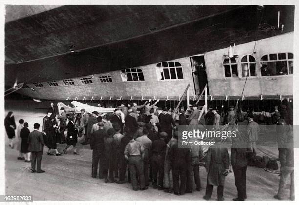 Passengers boarding Zeppelin LZ 127 'Graf Zeppelin' 1933 The 'Graf Zeppelin' was the most successful airship ever built Between its first flight in...
