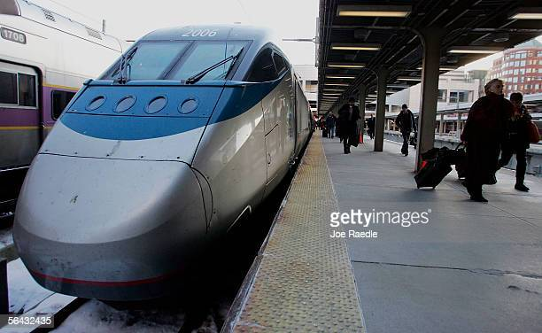 Passengers depart from an Amtrak train at South Station December 14 2005 in Boston Massachusetts The Transportation Security Administration announced...