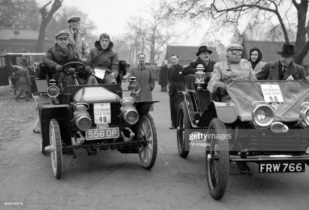 Motor Racing - London to Brighton Veteran Car Run Pictures | Getty ...