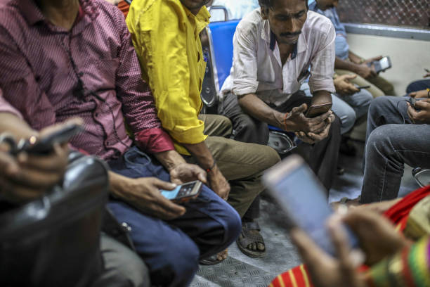 IND: 400 Million Social Media Users Set to Lose Anonymity in India