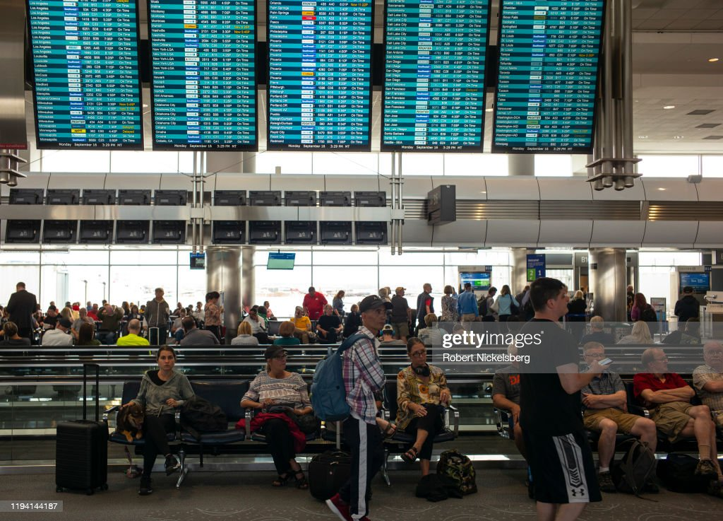 Departures At Denver International Airport : News Photo