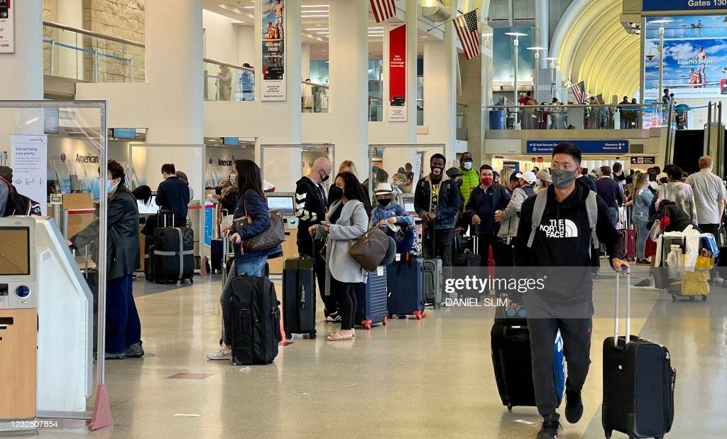 US-TRAVEL-AVIATION-TOURISM-AIRPORT : News Photo