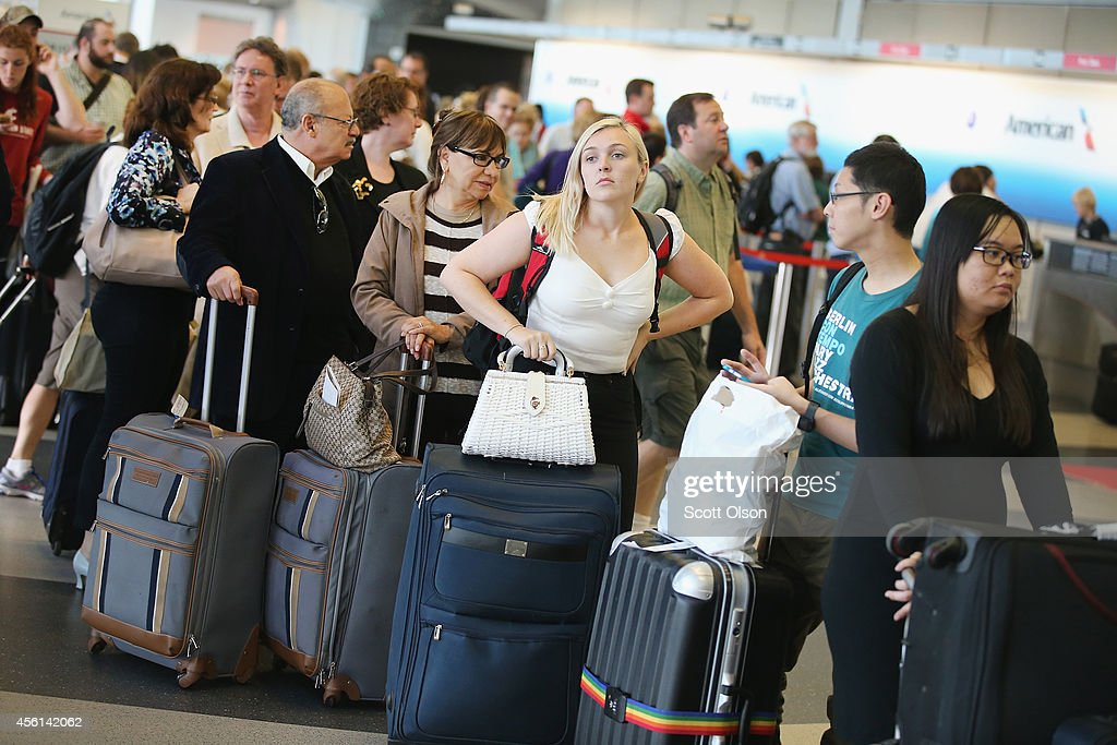 Chicago's O'Hare Airport Snarled In Ground Stops After Fire At FAA Building : News Photo