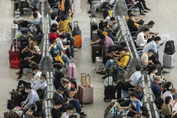 CHN: Travelers Ahead of China's Golden Week Holidays