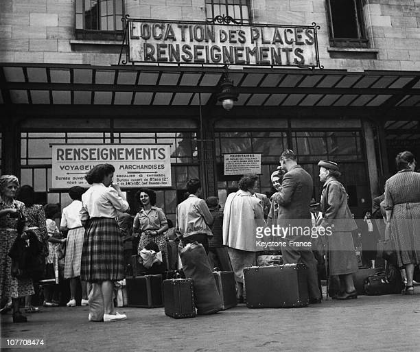 Passengers With Luggage Waiting At The Gare Montparnasse In 1950