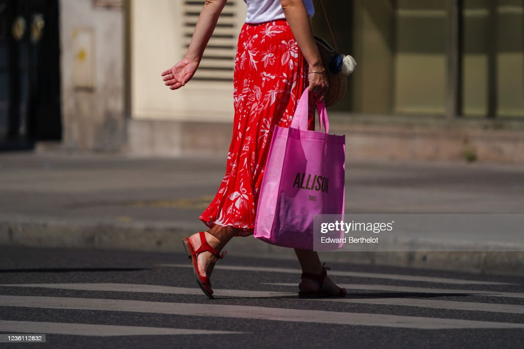 Street Style In Paris - May 2020 : News Photo