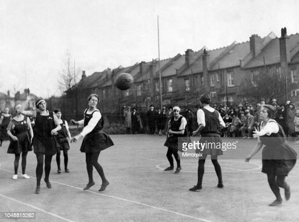 Passing movement by Streatham Secondary School in their match with North Mitcham at Furzedown Cottage, Streatham, in connection with The Daily Mirror...