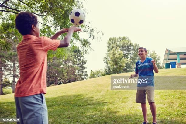 Den Ball macht so viel Spaß