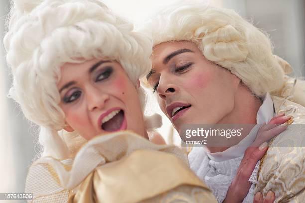 leidenschaft in old french kostüme - rüschenhemd stock-fotos und bilder