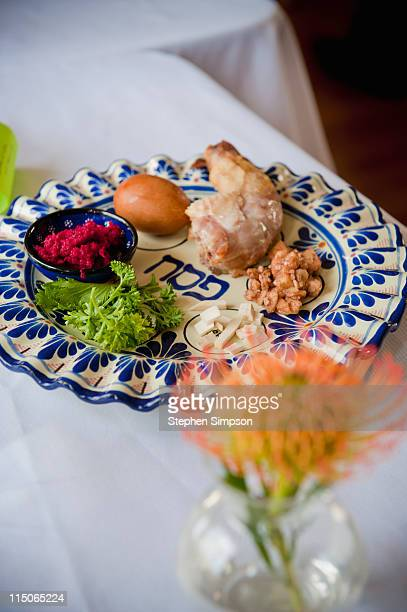 passover seder dinner tabletop - passover seder stock pictures, royalty-free photos & images