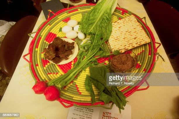 passover seder plate - passover seder plate stock pictures, royalty-free photos & images