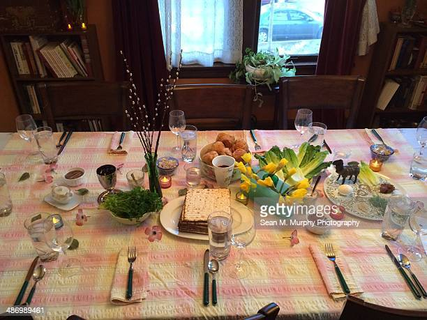 passover traditions - happy passover stock pictures, royalty-free photos & images
