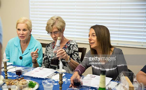 passover traditions - passover seder stock pictures, royalty-free photos & images