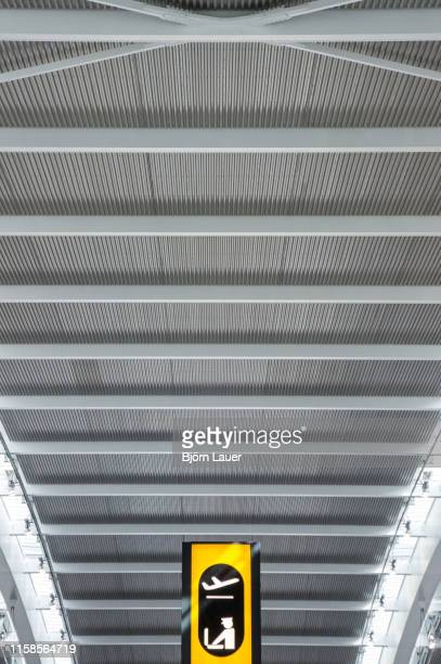 passport control - heathrow stock pictures, royalty-free photos & images