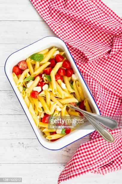 pasta salad - larissa veronesi stock-fotos und bilder