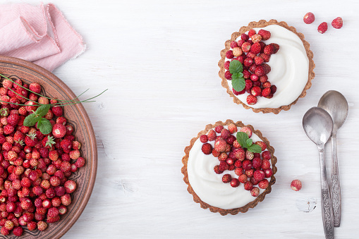 Pastels. Wild strawberry mini tarts - gettyimageskorea