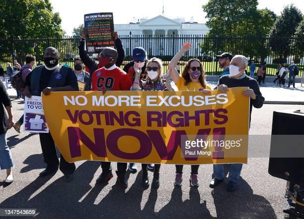 "Pastor Fee-Rell Malone, Rev Jamal Bryant, actress and activist Alyssa Milano, Jana Morgan and Rabbi David Saperstein attend the ""No More Excuses:..."