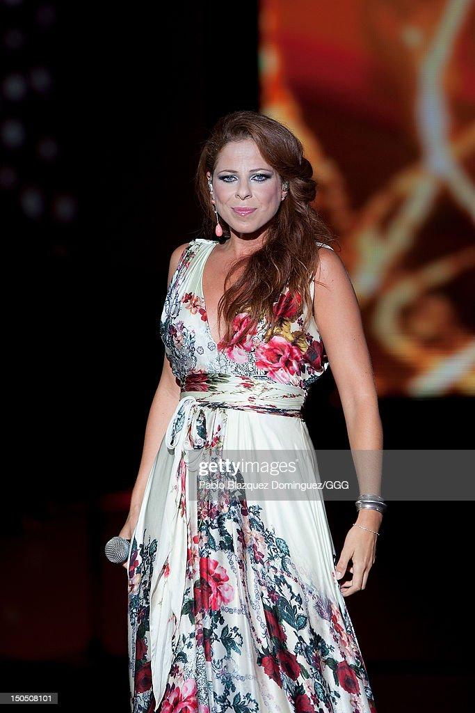 Global Gift Gala 2012 - Inside