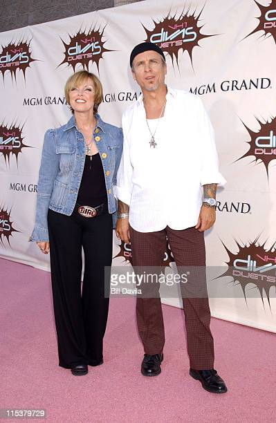 Pat Benatar and Neil Giraldo during VH1 Divas Duets A Concert to Benefit the VH1 Save the Music Foundation Arrivals at MGM Grand in Las Vegas CA...