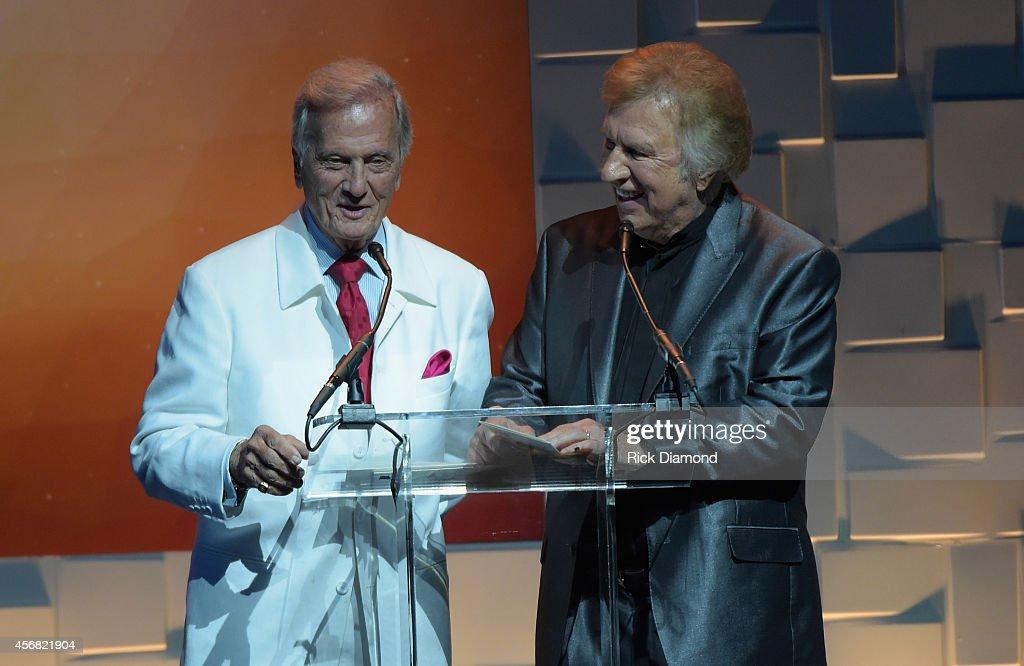 45th Annual Dove Awards - Show : ニュース写真