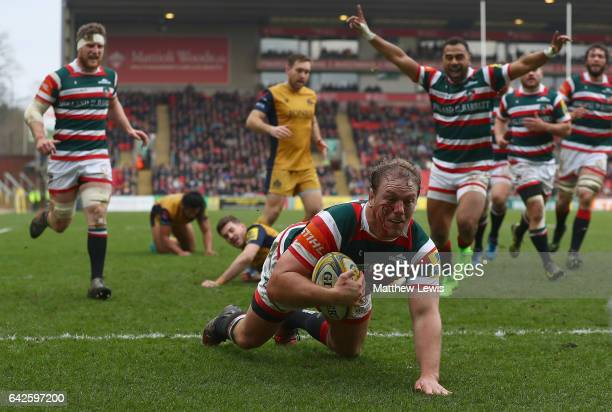 Pat Cilliers of Leicester Tigers scores a try during the Aviva Premiership match between Leicester Tigers and Bristol Rugby at Welford Road on...