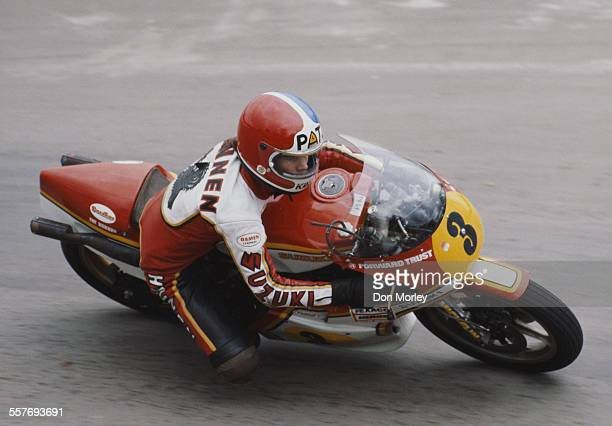 Pat Hennen of the United States rides the HeronSuzuki RG500 during the British 500cc motorcycle Grand Prix on 14 August1977 at the Silverstone...