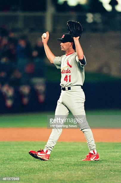 Pat Hentgen of the St Louis Cardinals during Game Five of the National League Division Series against the New York Mets on October 16 2000 at Shea...
