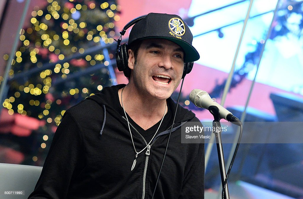 Pat Monahan of Train performs at SiriusXM Studios on December 9, 2015 in New York City.