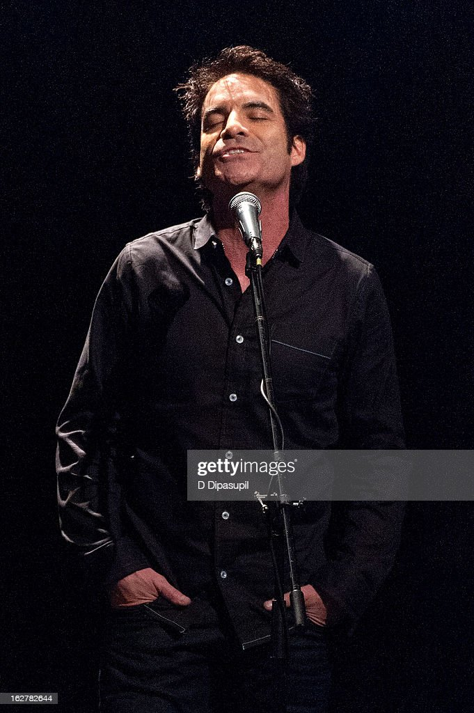 Pat Monahan performs on stage during the All For The Hall New York concert benefiting the Country Music Hall Of Fame at Best Buy Theater on February 26, 2013 in New York City.