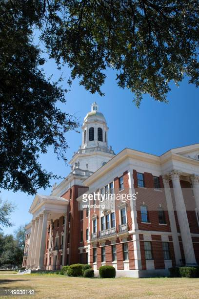 pat neff hall in baylor university - waco stock pictures, royalty-free photos & images