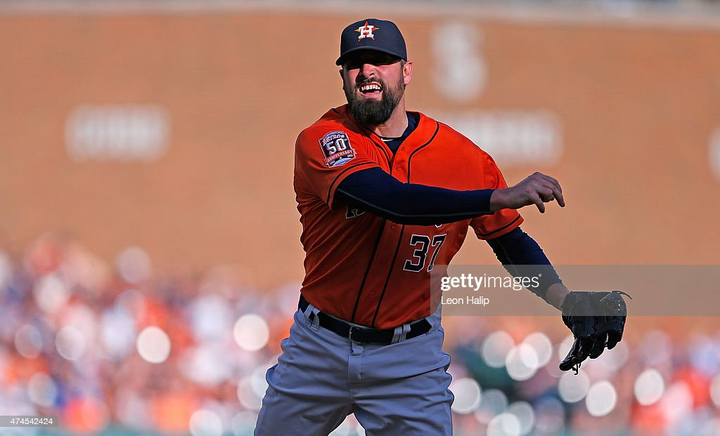 Pat Neshek #37 of the Houston Astros pitches during the eight inning of the game against the Detroit Tigers on May 23, 2015 at Comerica Park in Detroit, Michigan.
