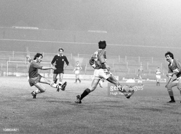 Pat Nevin of Chelsea in action during the Full Members Cup Southern 1st Round Group 1 match between Charlton Athletic and Chelsea held on October 22...