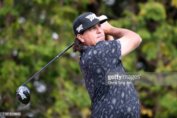 Pat Perez of the United States hits his tee shot on the 3rd hole during the first round of the CJ Cup @Nine Bridges at the Club at Nine Bridges on...