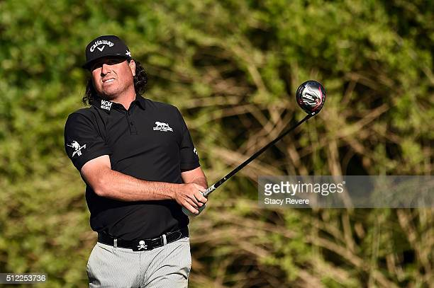 Pat Perez of the United States hits his tee shot on the third hole during the first round of the Honda Classic at PGA National Resort Spa Champions...