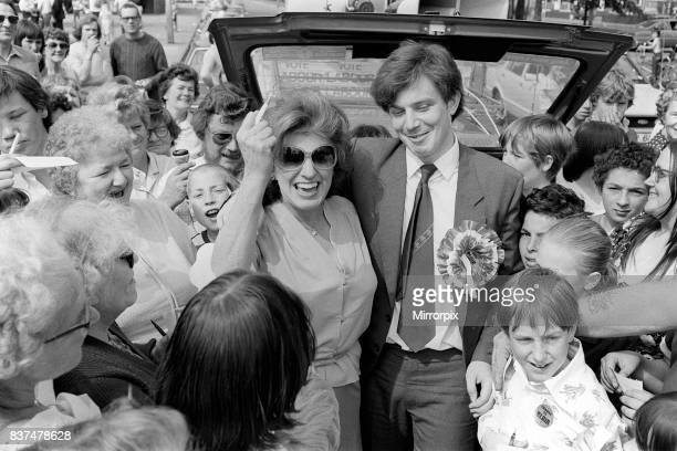 Pat Phoenix May 1982 At Slough to support Labour candidate Tony Blair.