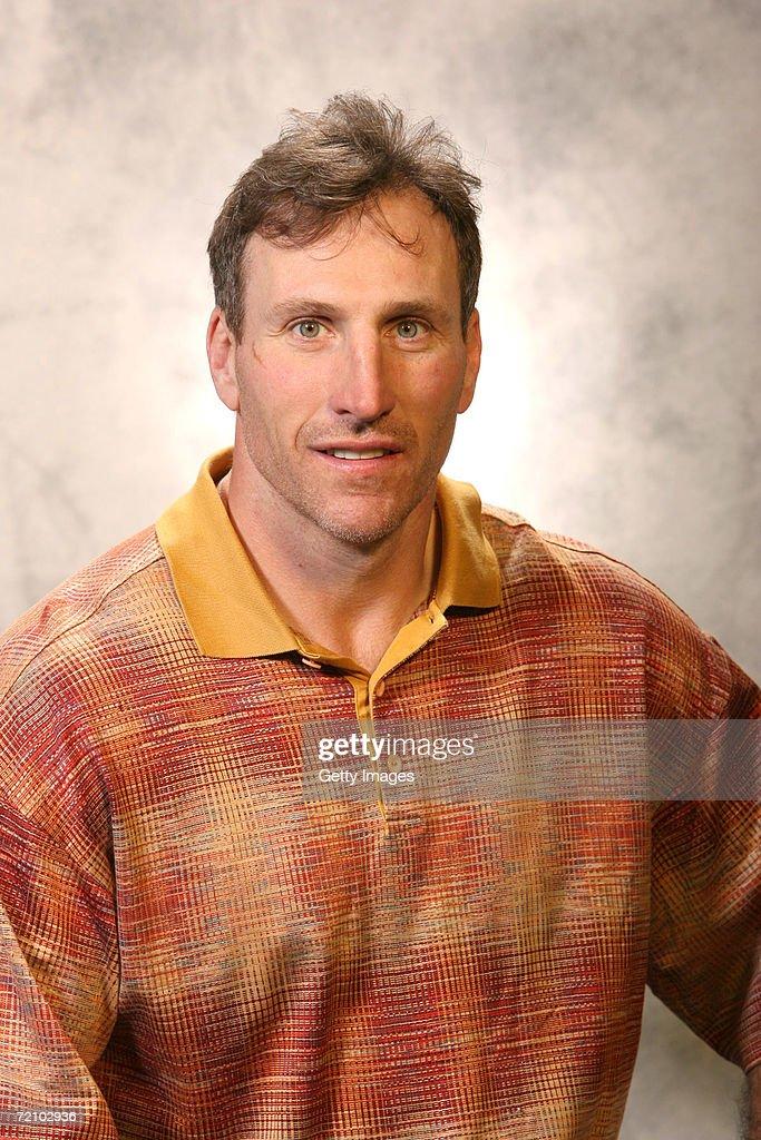 2006 Detroit Red Wings Headshots : News Photo