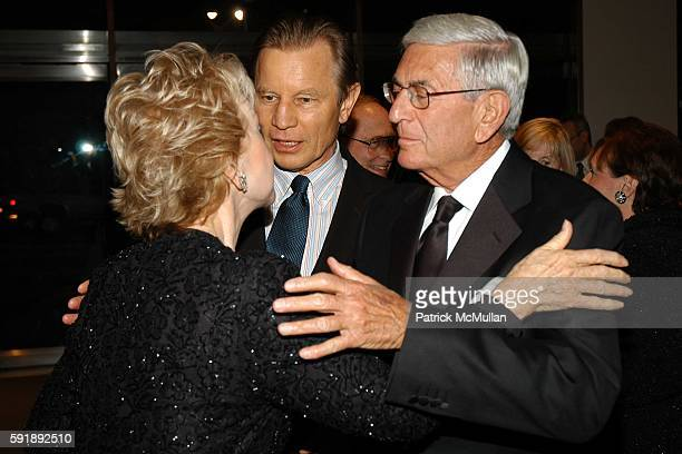 Pat York Michael York and Eli Broad attend Hammer Museum Celebrates the Achievements of LA Artist Ed Ruscha at the 3rd Annual Gala in the Garden at...
