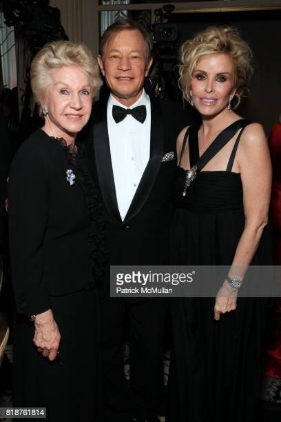 Pat York Michael York and Pamela Hoefflin attend Carnegie Hall Medal of Excellence Gala Honoring HENRY T SEGERSTROM at WaldorfAstoria on June 7 2010...