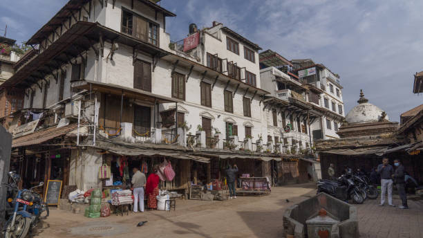 NPL: Nepal Reopens to Foreign Adventurers as it Suffers Pandemic Economic Woes