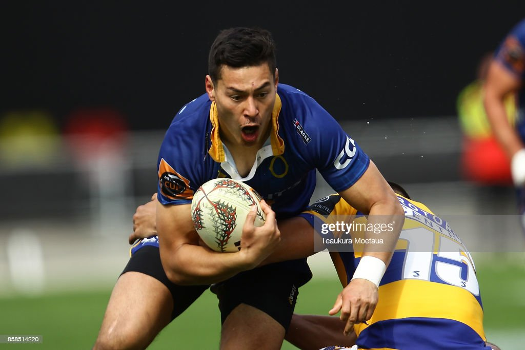 Patelesio Tomkinson of Otago makes a break during the round eight Mitre 10 cup match between Otago and Bay of Plenty at Forsyth Barr Stadium on October 7, 2017 in Dunedin, New Zealand.