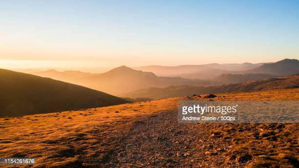 path - mountain ridge stock pictures, royalty-free photos & images