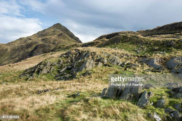 path to cnicht near croesor, snowdonia national park, wales - extreme terrain stock pictures, royalty-free photos & images