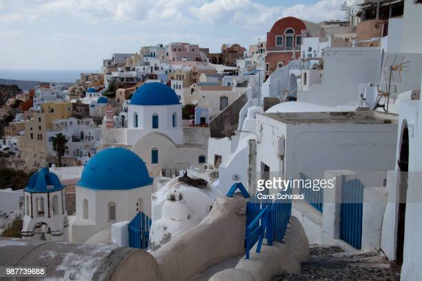 path to oia - carol schiraldi stock pictures, royalty-free photos & images