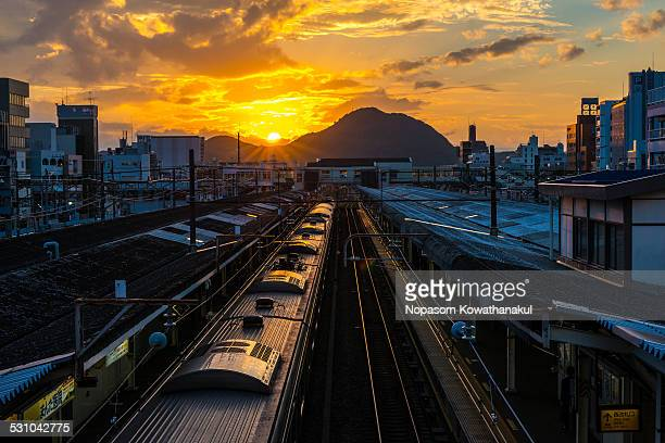 path to sunset at koraiyama - 平塚市 ストックフォトと画像