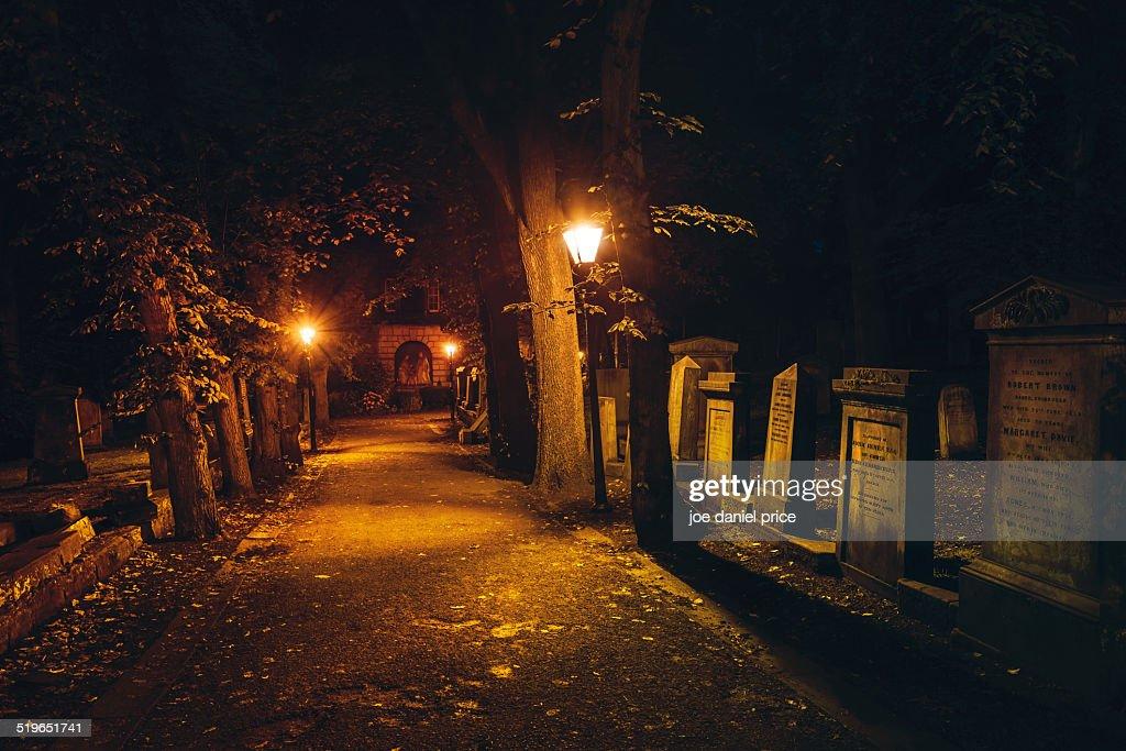 Path to the Church of St Cuthbert, Edinburgh : Stock Photo