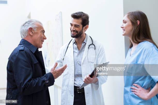 Patient talking with doctors